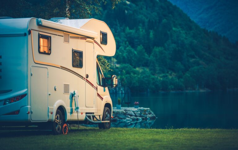 Motorhome Living: A How-to Guide for New Nomads