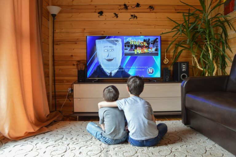 How to Limit Your Kid's Screen Time and Get Them Off the Couch