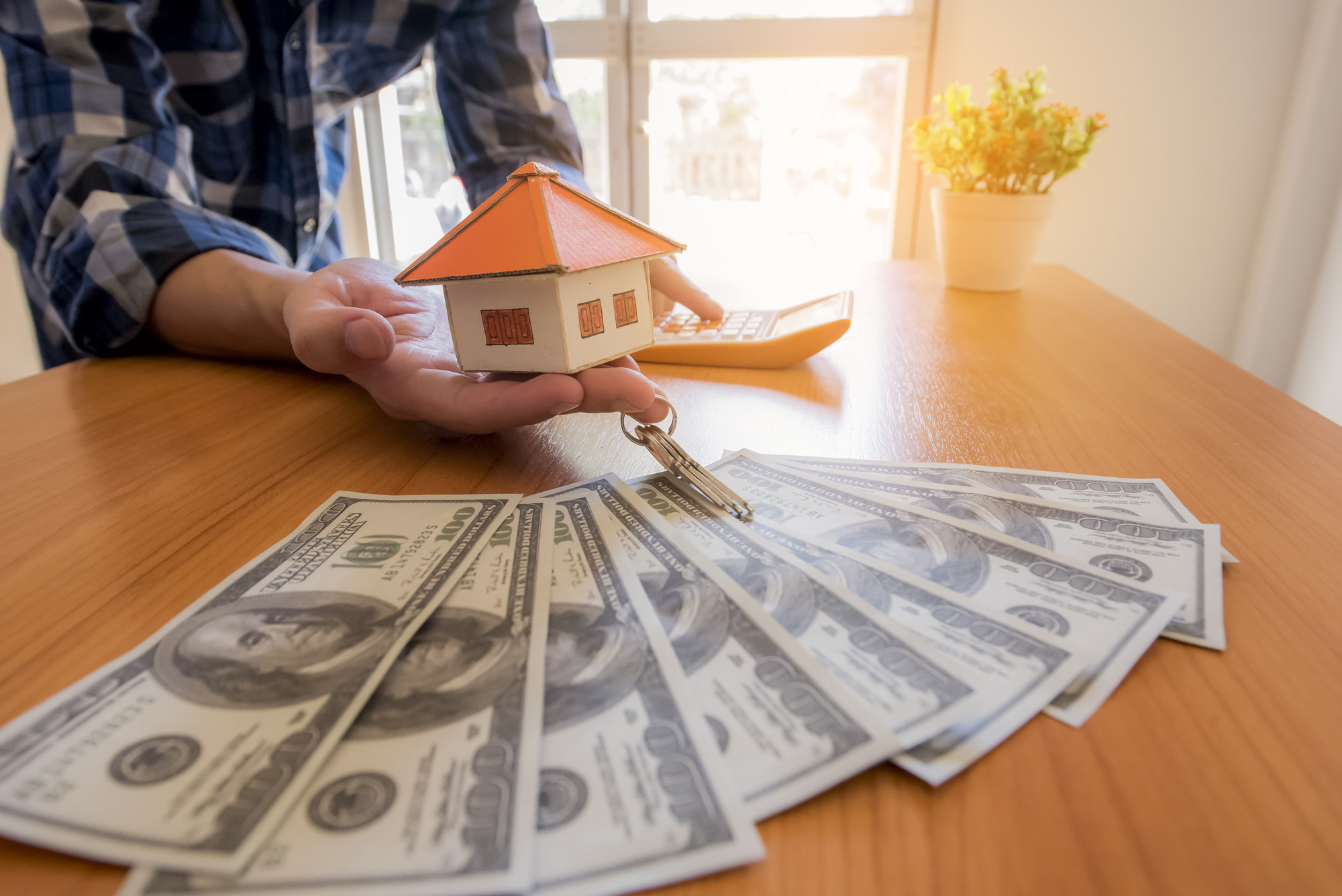 The Amazing Benefits of Selling Your House for Cash