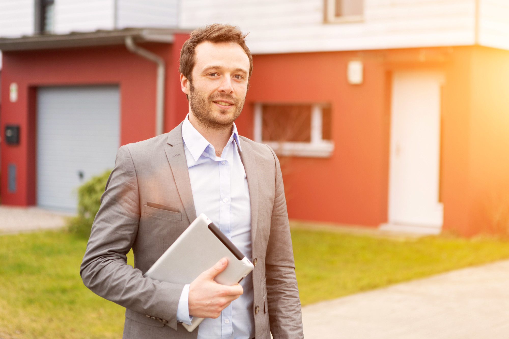Being a landlord has its advantages as well as its challenges. Our informative guide here has five effective tips for landlords to remember.