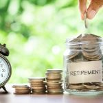 Early retirement is possible. Yes, even for you if you take all the right steps. Read on to discover expert tips to retire early here.