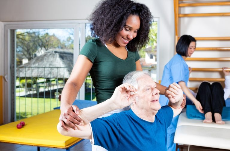 Occupational Therapist vs Physical Therapist: What's the Difference?