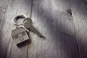Real Estate Broker Job Description: 5 Things to Know