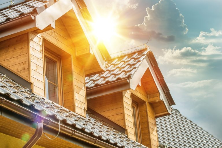 5 Benefits of Hiring a Residential Roofing Company